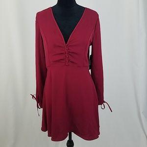 Lulus women M burgundy shift dress